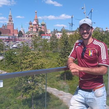 Kevin-Hernandez-Chatswood-Massage-Therapist-on-holiday-in-Russia