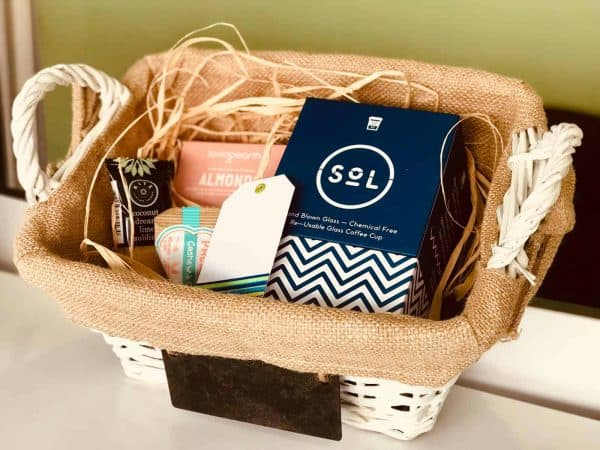 Gift Pack - White Basket - Blue Cup